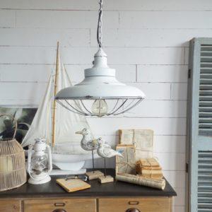 2 lampadari old white