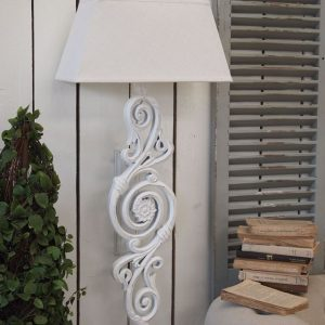 Applique White Antique