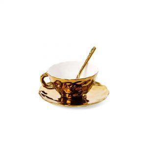 Tazza da tè con piattino e cucchiaio collezione Fingers Porcelain Seletti